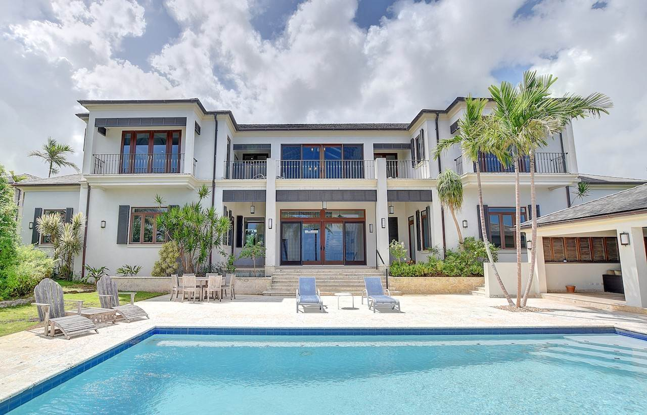 Residential for Sale at West Bay Street, Nassau And Paradise Island Bahamas