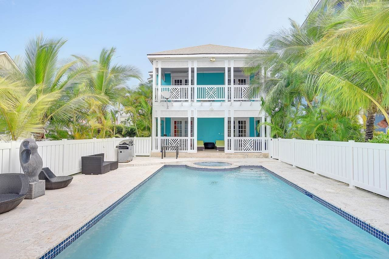 Single Family for Sale at Kingfisher Sandyport, Cable Beach, Nassau And Paradise Island Bahamas